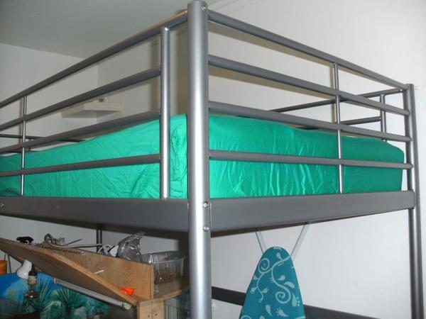 hochbett ikea sv rta in m nchen betten kaufen und. Black Bedroom Furniture Sets. Home Design Ideas