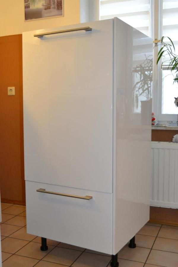 ikea faktum hochschrank 140cm abstrakt wei mit einbauk hl in karlsruhe k chenm bel schr nke. Black Bedroom Furniture Sets. Home Design Ideas