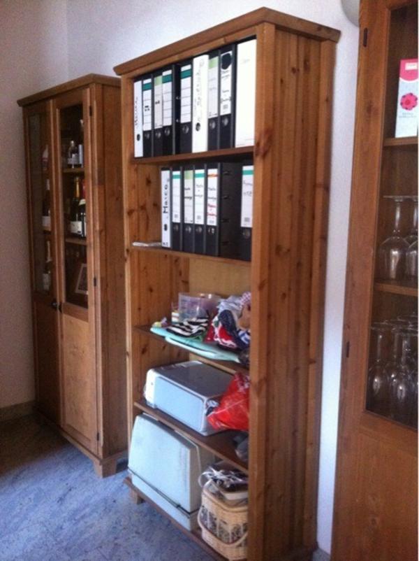 ikea regal b cherregal leksvik aus holz shabby in neulu heim ikea m bel kaufen und verkaufen. Black Bedroom Furniture Sets. Home Design Ideas
