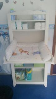 wickeltisch ikea kinder baby spielzeug gebraucht kaufen oder kostenlos verkaufen. Black Bedroom Furniture Sets. Home Design Ideas