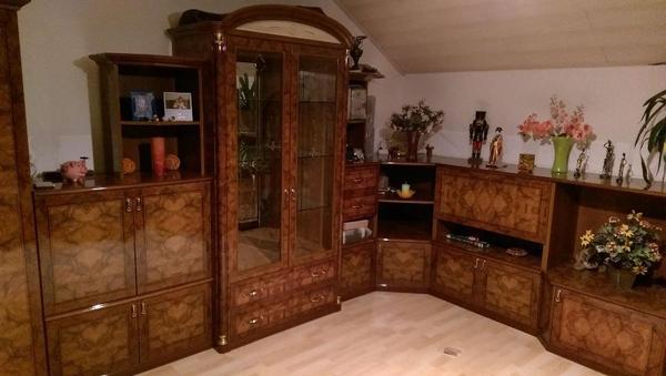 italienische eckwohnwand hochglanz mahagoni in adelsdorf wohnzimmerschr nke anbauw nde kaufen. Black Bedroom Furniture Sets. Home Design Ideas
