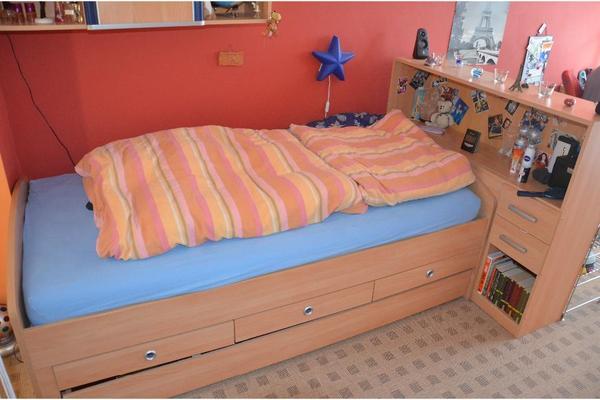 bett mit schrankwand zirbenbett doppelbett original steiner. Black Bedroom Furniture Sets. Home Design Ideas