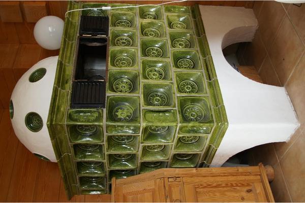 kachelofen gr n in m nchen fen heizung klimager te. Black Bedroom Furniture Sets. Home Design Ideas