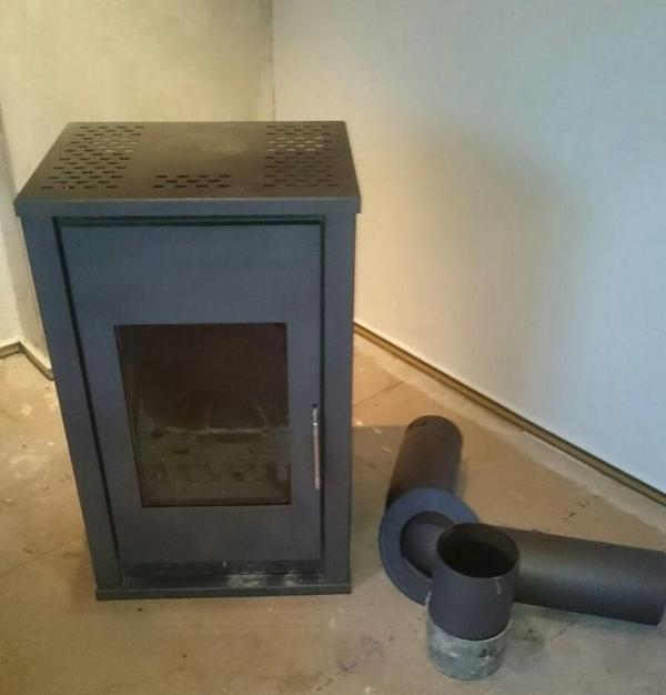 kamin kaminofen f r holz unf kohle gepflegt in berlin fen heizung klimager te kaufen und. Black Bedroom Furniture Sets. Home Design Ideas