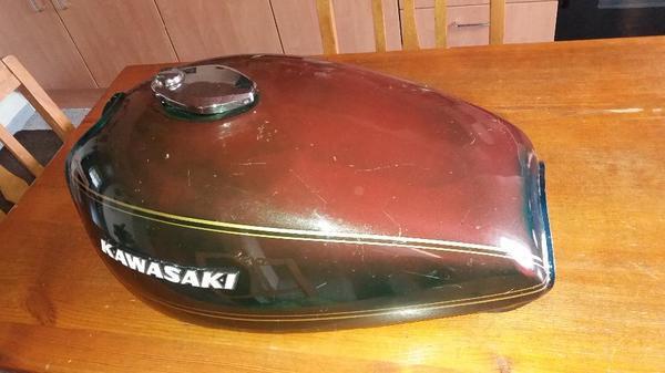 kawasaki tank kaufen gebraucht und g nstig. Black Bedroom Furniture Sets. Home Design Ideas