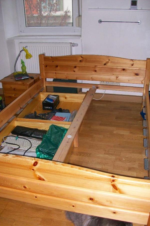 kieferbett 140 x 200 cm schubk sten und nachttisch in bruchsal schr nke sonstige. Black Bedroom Furniture Sets. Home Design Ideas