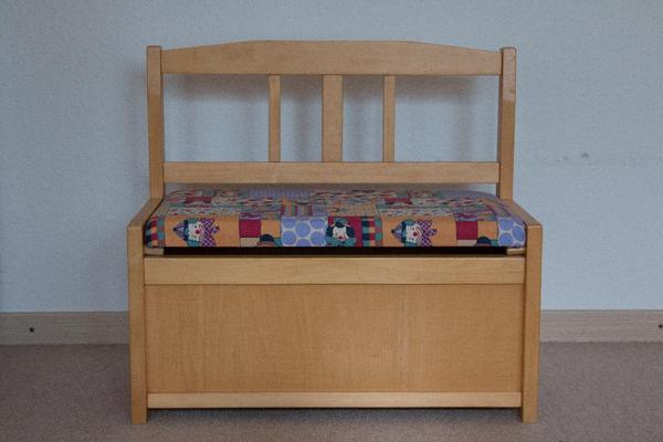 sitzbank kinder didakt mit r ckenlehne f r kindergarten u kita krippen sitzbank schuhbank. Black Bedroom Furniture Sets. Home Design Ideas