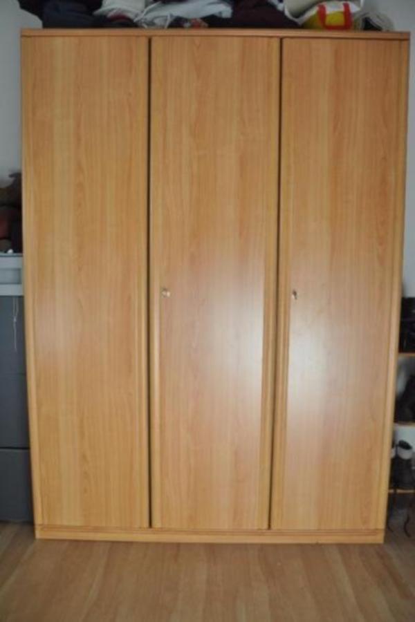 kleiderschrank massiv buche 3t rig in kaltenkirchen. Black Bedroom Furniture Sets. Home Design Ideas