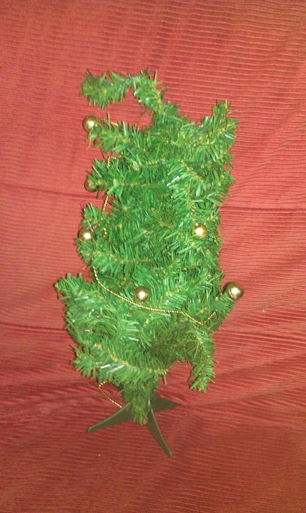 weihnachtsbaum tannenbaum kaufen gebraucht und g nstig. Black Bedroom Furniture Sets. Home Design Ideas