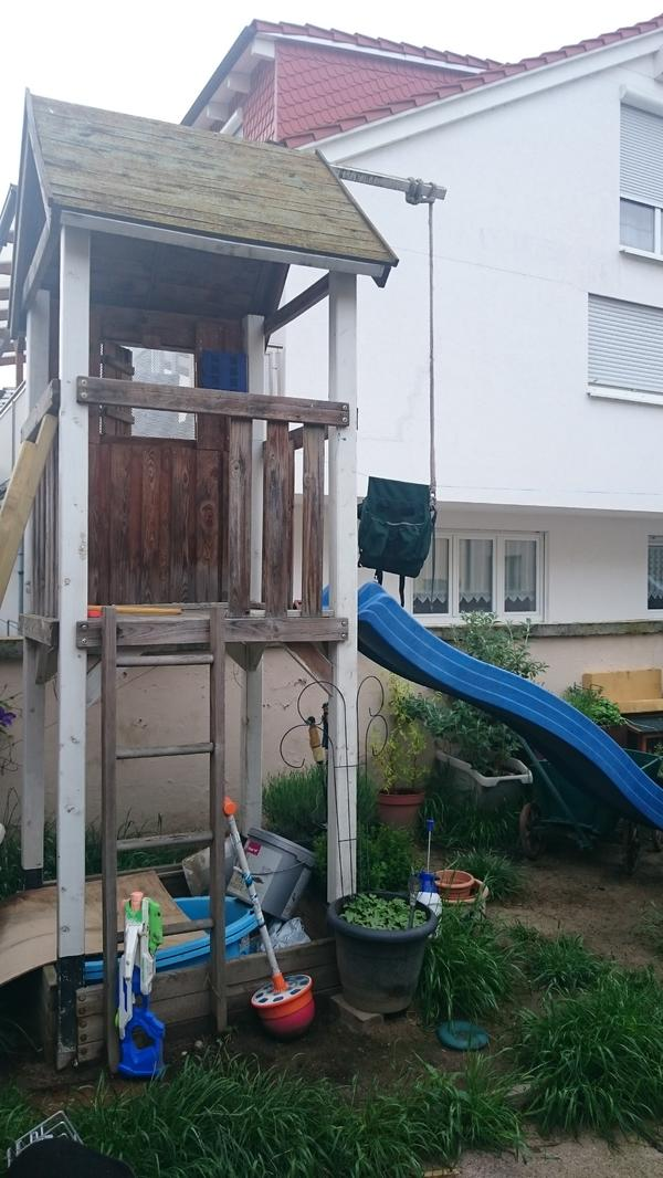 kletterturm mit rutsche in ludwigshafen sonstiges f r. Black Bedroom Furniture Sets. Home Design Ideas
