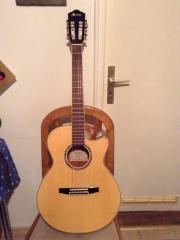 Konzert-Gitarre in