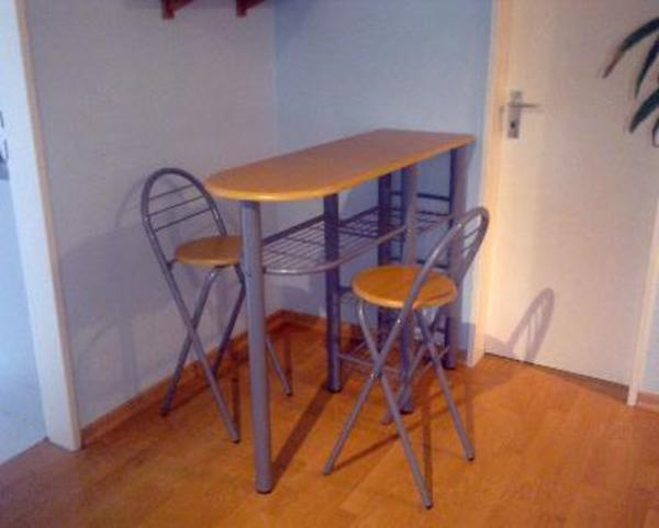 k chentheke mit 2 barhocker in hamburg speisezimmer essecken kaufen und verkaufen ber. Black Bedroom Furniture Sets. Home Design Ideas