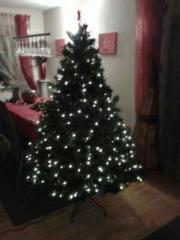 Künstlicher Weihnachtsbaum mit