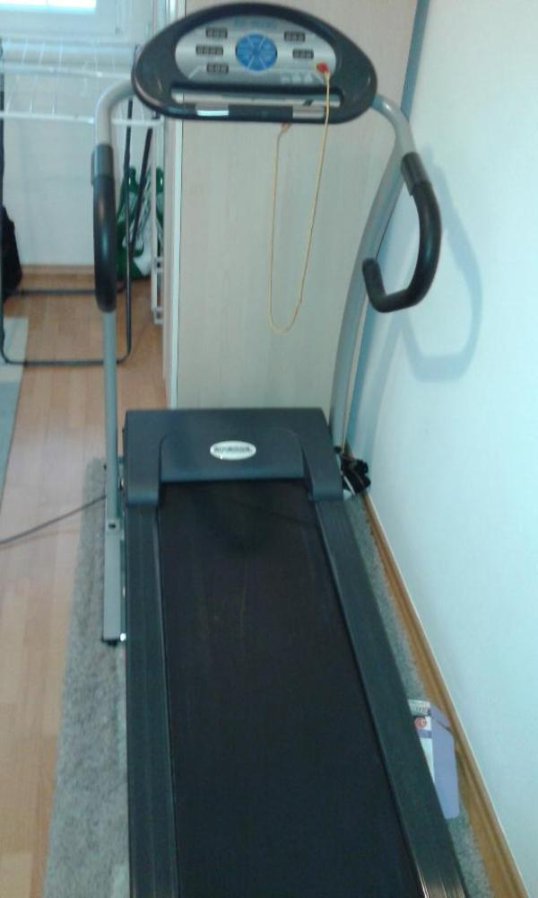 laufband in hohenems fitness bodybuilding kaufen und. Black Bedroom Furniture Sets. Home Design Ideas