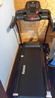 laufband mit motor sport fitness sportartikel. Black Bedroom Furniture Sets. Home Design Ideas