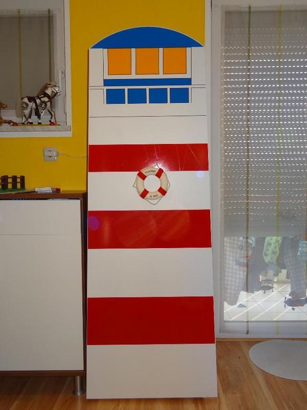 Leuchtturm kleiderschrank kinder maritim rot wei blau tcm for Jugendzimmer quoka