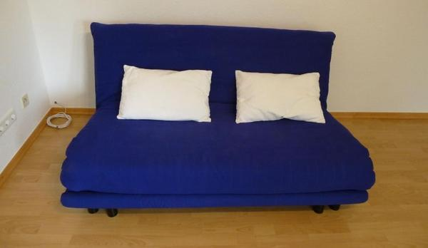 ligne roset multy 3 sitzer in blau 2 keilkissen in kaiserslautern. Black Bedroom Furniture Sets. Home Design Ideas