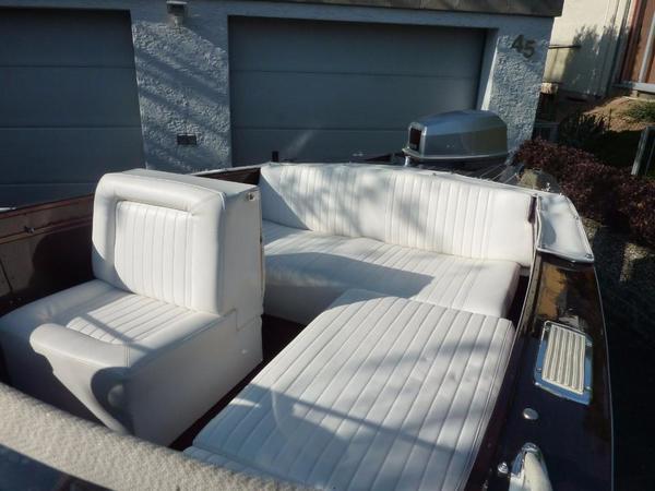 mahagoni sportboot 60ps au enborder in jena motorboote. Black Bedroom Furniture Sets. Home Design Ideas