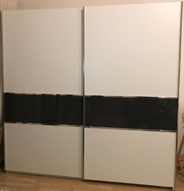kleiderschrank weiss gebraucht kaufen 2 st bis 70. Black Bedroom Furniture Sets. Home Design Ideas