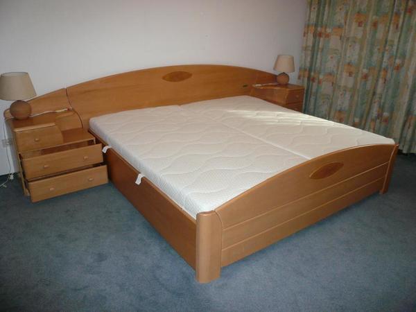 massivholzbett h lsta mit nachtk sten lattenrost u matrazen in augsburg betten kaufen und. Black Bedroom Furniture Sets. Home Design Ideas