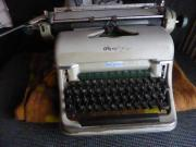mechanische Schreibmaschine Olympia