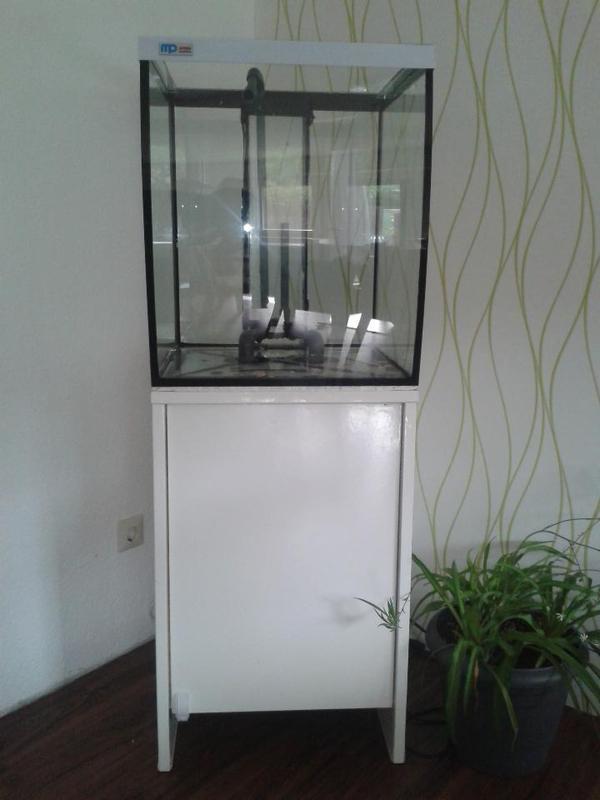 meerwasser becken neu und gebraucht kaufen bei. Black Bedroom Furniture Sets. Home Design Ideas