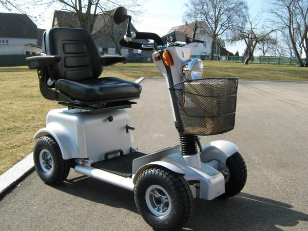 merlin2000 6 10 15 km h elektromobil krankenfahrstuhl e. Black Bedroom Furniture Sets. Home Design Ideas