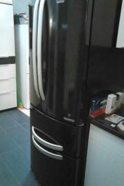 Mesut Kühlschrank von