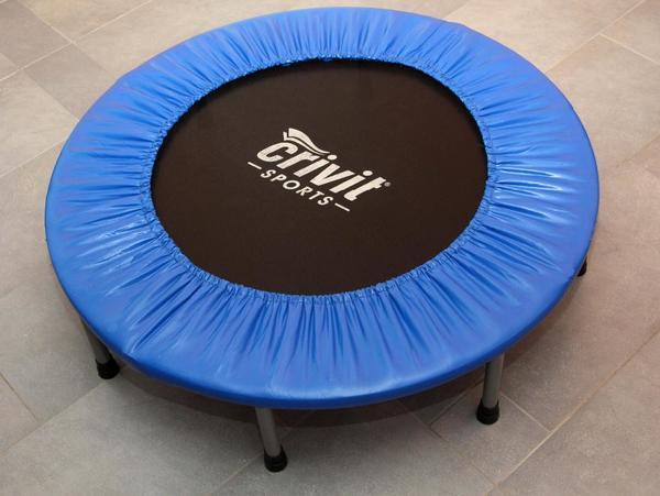 mini trampolin f r das kinderzimmer top in dachau sonstige sportarten kaufen und verkaufen. Black Bedroom Furniture Sets. Home Design Ideas