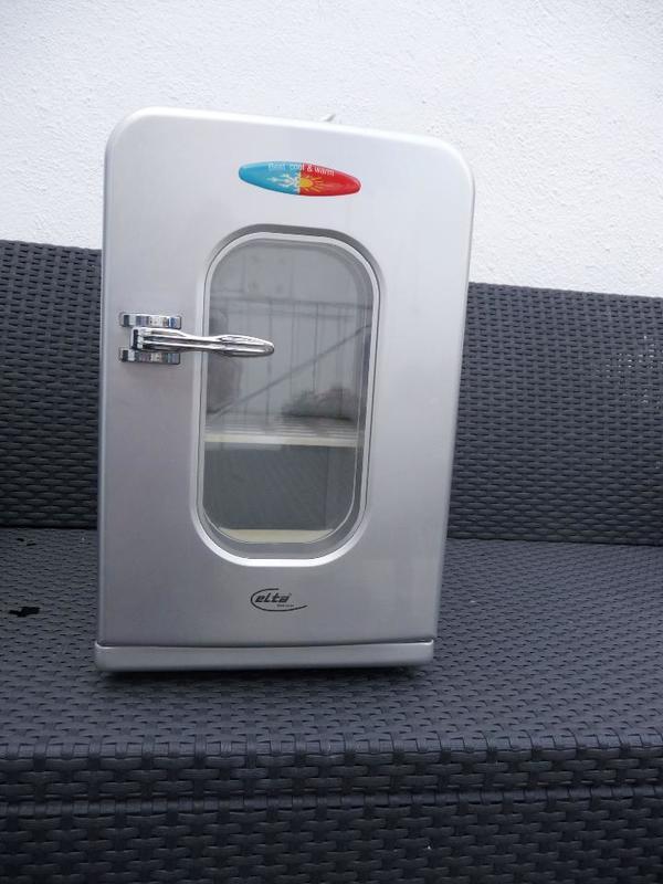 minik hlschrank elta cb230 12v 230v stecker k hlbox mini. Black Bedroom Furniture Sets. Home Design Ideas