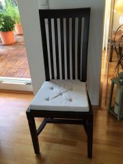 Möbel im Colonialstil