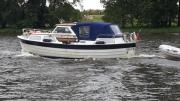 Motorboot Saga 27AK
