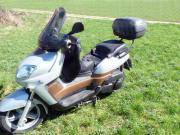 Motorrad-Roller Yamaha