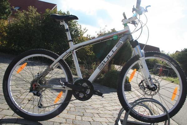 fahrrad mountainbike 26 bulls kaufen gebraucht oder neu. Black Bedroom Furniture Sets. Home Design Ideas