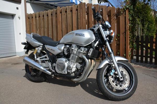naked bike yamaha xjr 1300 in reutlingen yamaha ber 500. Black Bedroom Furniture Sets. Home Design Ideas