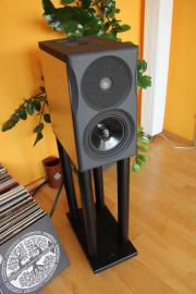Neat Acoustics Ultimatum