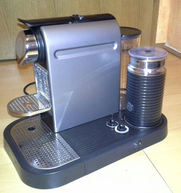 nespresso citiz milk titan krups in rosenheim kaffee espressomaschinen kaufen und. Black Bedroom Furniture Sets. Home Design Ideas