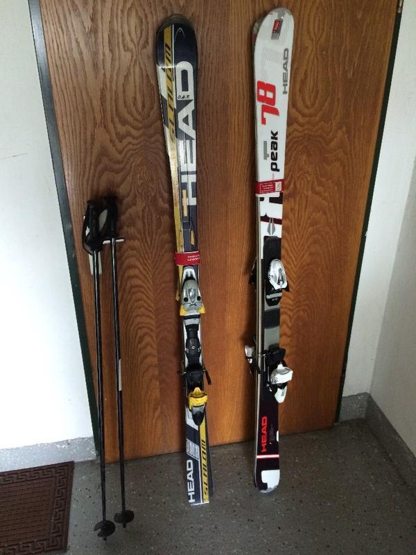 Neuwertige carving ski wintersport alpin