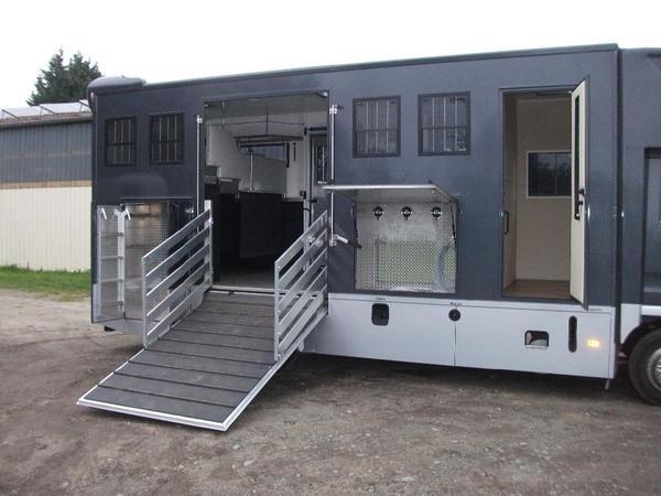 lkw bau nutzfahrzeuge auto motorrad f rth. Black Bedroom Furniture Sets. Home Design Ideas