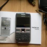 Nokia E72 Silbergrau