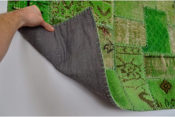 patchwork teppich von kokon gr n ber 200 eur reduziert in m nchen geschirr und besteck. Black Bedroom Furniture Sets. Home Design Ideas