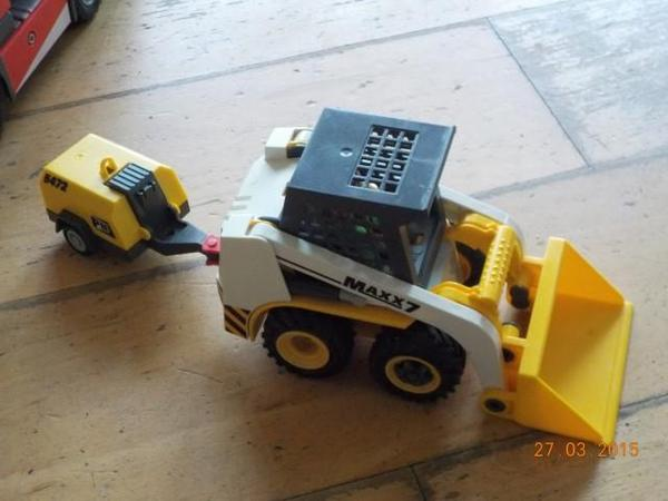 playmobil bagger mit anh nger in feldkirch spielzeug lego playmobil kaufen und verkaufen. Black Bedroom Furniture Sets. Home Design Ideas