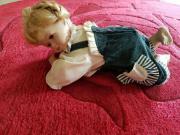 Porzellan Puppe