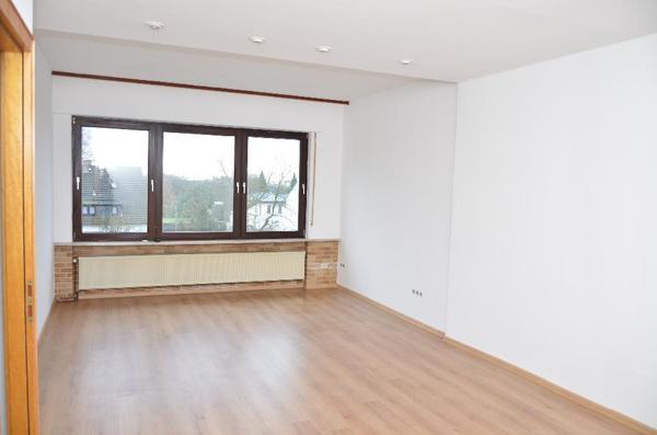 provisionsfreie 3 zimmer wohnung in solingen s dstadt vermietung 3 zimmer wohnungen kaufen und. Black Bedroom Furniture Sets. Home Design Ideas