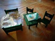 Puppenstubenmöbel, klein (Bett,