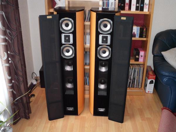 quadral aurum vulkan phonologue standlautsprecher high end in essen boxen lautsprecher. Black Bedroom Furniture Sets. Home Design Ideas