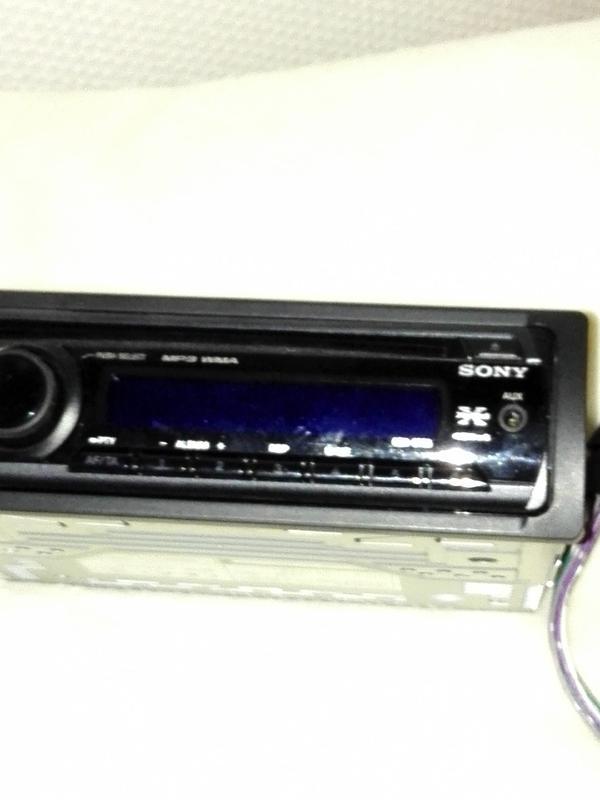 radio cd spieler von sony in koblenz auto hifi boxen kaufen und verkaufen ber private. Black Bedroom Furniture Sets. Home Design Ideas