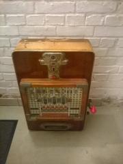 Rarität, antiker Geldspielautomat.