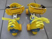 Rollschuhe in gelb-