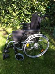 Rollstuhl Firma Breezy
